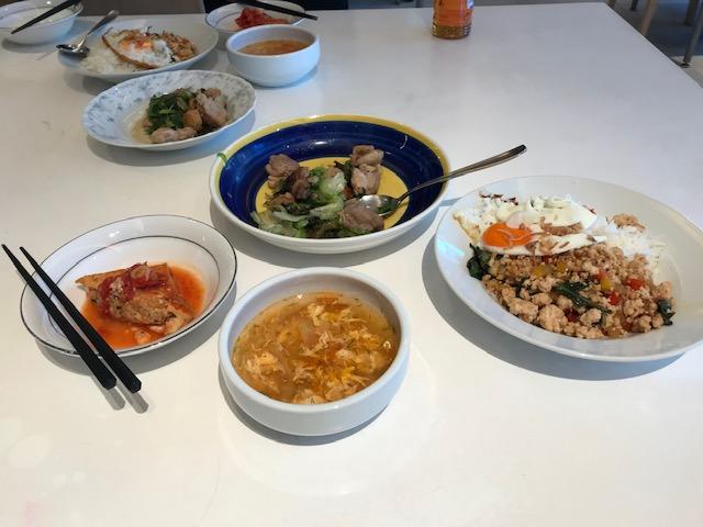 ガパオなどの東南アジア料理