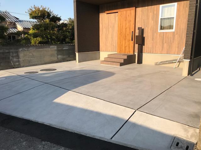 コンクリートも乾きました