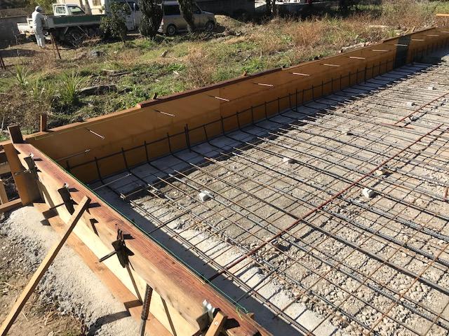 倉庫基礎での鉄筋型枠配置